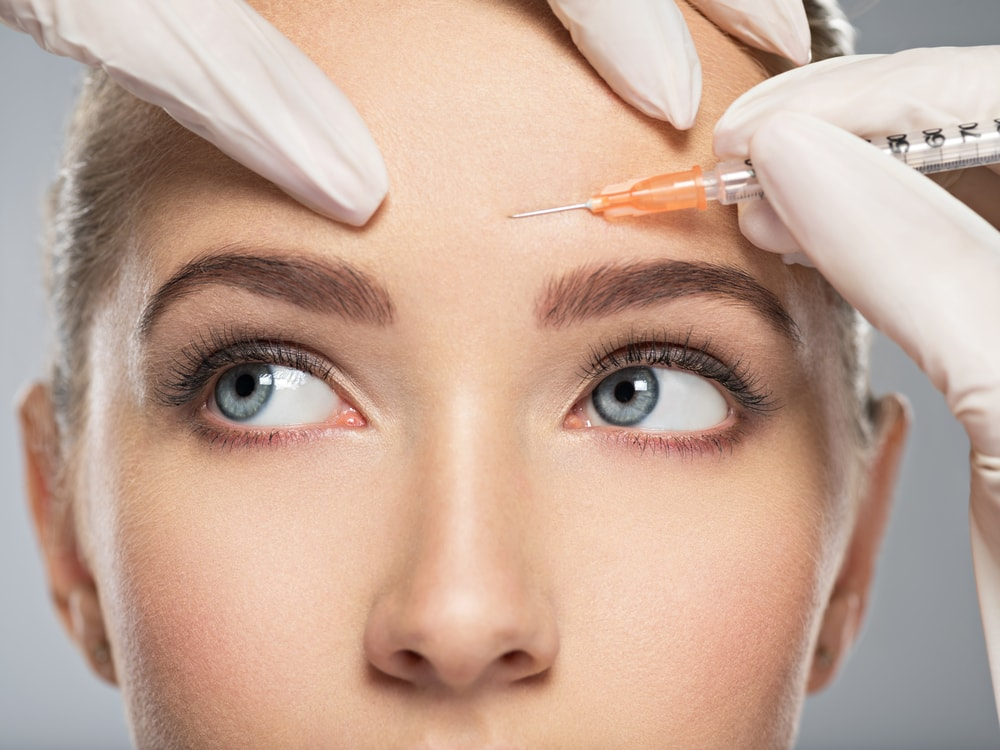 Facelift Fright _Consider These 5 Alternative Age-Defying Treatments shutterstock_737351473-min